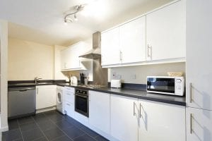 Kitchen of 2 Bed Apartment to Rent in Hemel Hempstead