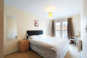 Master bedroom of luxury 2 bed apartment to rent in Hemel Hempstead