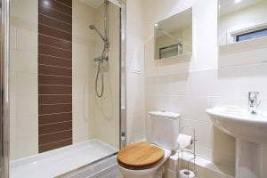 En suite of luxury 2 bed Penthouse apartment to rent in Hemel Hempstead