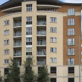 Handleys Court Exterior of 2 bed serviced apartment to rent in Hemel Hempstead
