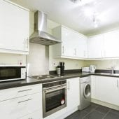 2 Bedroom Serviced Apartment Hemel Hempstead Kitchen