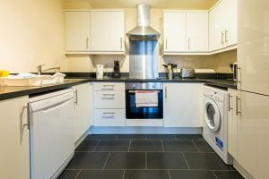 Service apartment kitchen in Hemel Hempstead
